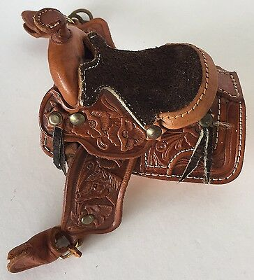 Model Horse Realistic Western Leather Saddle with Tooled Design Preowned