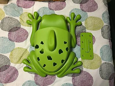 Frog Bath Toys Storage Shower BOON Frog Pod Wall Mounted