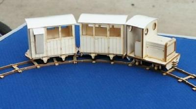 Ip engineering Ezee Passenger train set Garden 16mm scale SM32