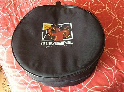 "ROLAND MEINL 18""x7""SOFT PADDED SNARE DRUM BAG."