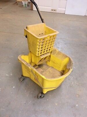 Mop Bucket and Ringer