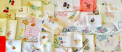 Large Lot Of Vintage Linen Embroidered Table Linen Cloths Handkerchieves Etc