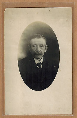 Carte Photo vintage card RPPC vieille homme moustache costume mode kh0276