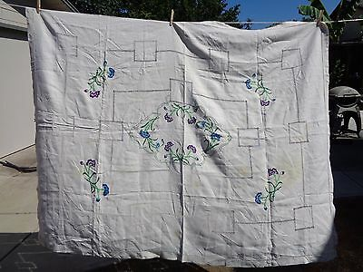 Vintage Floral Embroidered Tablecloth Cut Work Nice Needlework 54x70