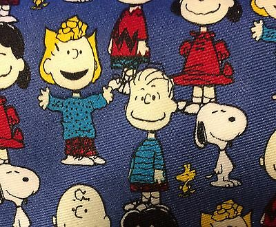 """Peanuts""""The Whole Gang"""" Tie"""