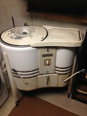 antique 1940s easy spin  washing machine