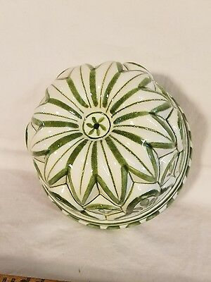 Vtg. Italian Green and White Ceramic Mold Wall Hanging - Excellent Littel Piece!