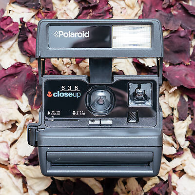 Polaroid 600 Instant Camera - 636 OneStep Close Up + Bag + Warranty