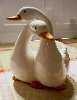 Vintage TAKAHASHI double SWAN/GOOSE porcelain planter.Excellent.Clean & bright.