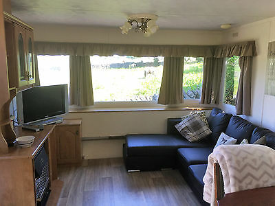 October Self Catering Holiday Caravan Accommodation Peak District Buxton