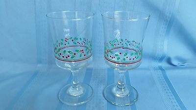 2 Arby's Holly & Berry Christmas / Holiday Water/Wine Stem Glasses