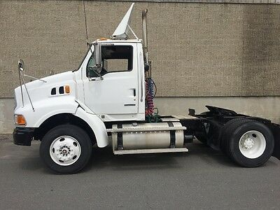 2007  Sterling A9500 Single Axle Tractor