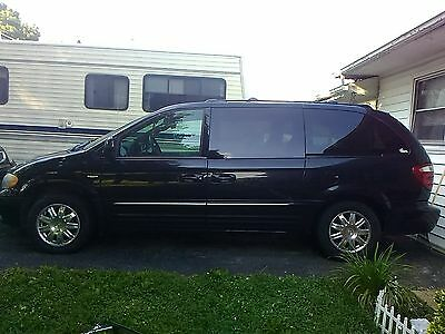 2004 Chrysler Town & Country Limited 2004 Chrysler Town and Country, 180k miles, starts and runs, needs transmission