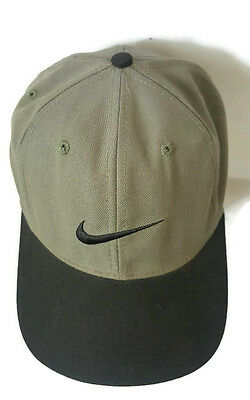 Vintage Mens Nike Golf Fitted Hat Size 7 1/4 Made in the USA