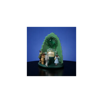 Wizard of Oz - The Great and Powerful Oz Figurine 842970050407 San Francisco Mus