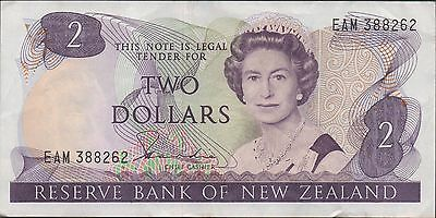 New Zealand $2 ND. 1980's P 170a Prefix EAM Circulated Banknote