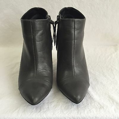 Tildon Womens 6.5M Gray Heeled Ankle Boot Cap Pointed Toe Shoes Vegan Leather