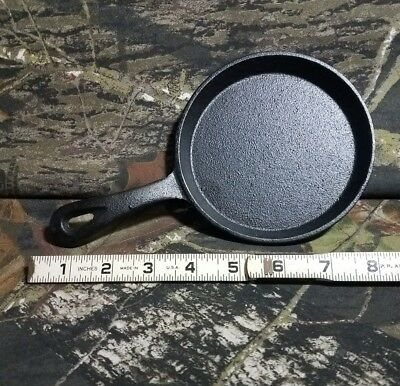 """NEW 5"""" Mini Cast Iron Individual Frying Pan For 1 Egg Burger Backpacking Camping"""