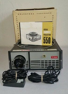 Vintage Kodal Carousel 550 Projector W/ Case, Remote, Lens, Manual, and Tested
