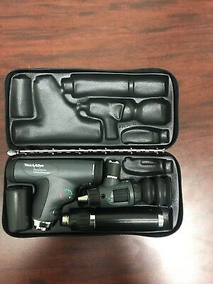Welch Allyn PanOptic Opthalmoscope and Otoscope