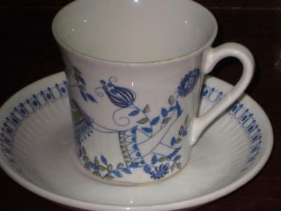 Art Deco Retro Vintage  Lotte Made In Norway China Cup & Saucer