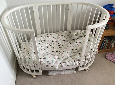 Stokke Sleepi in White *GREAT CONDITION***