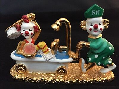 Spoontiques Pewter Clowns Km1434 - 2 colored clowns in bathtub - crystal ball