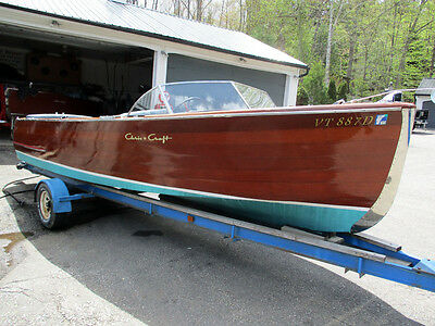 1946 22ft Chris Craft Sportsman U22  wooden runabout