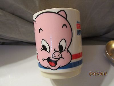 Vintage 1976 Marriott's Great America Porky Pig Plastic Cup Made by Deka USA