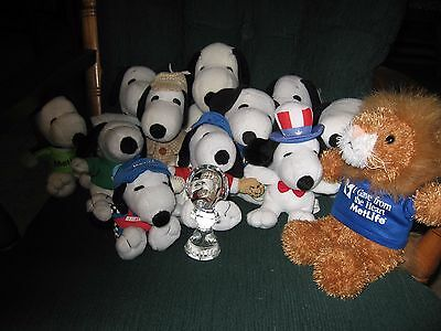 SNOOPY MET LIFE  ( collection of 13)