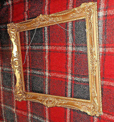 Wooden frame, gold. Baroque style, copy old 70 x 61,5