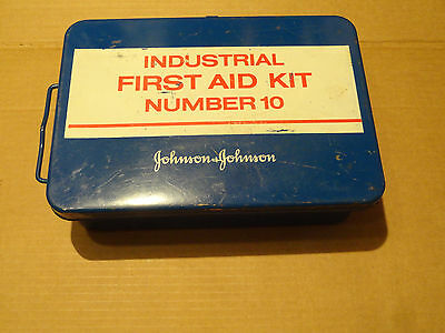 Vintage USA Made Metal Johnson & Johnson Industrial First Aid Kit No.10, 90%Com