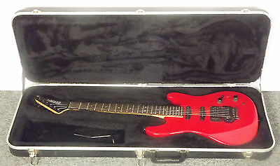 Red Peavey USA Tracer Electric Guitar w Case