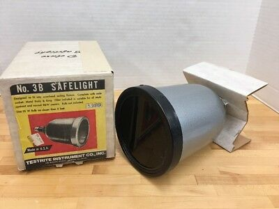 Vintage Darkroom Safelight No 3B Testrite Instrument Co Original Box