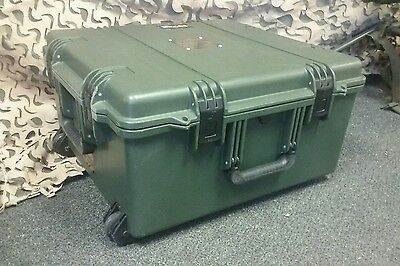 Pelican Hardigg Storm iM2875 Case, Olive Drab rolling transport case with foam