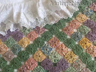 Fantastic! VINTAGE 30s Yo Yo QUILT Tiny Pieces COTTAGE PERFECT 86x74""