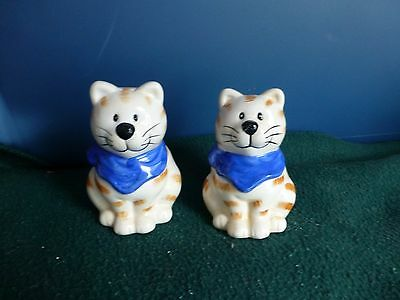 Ceramic Cat Salt And Pepper Shakers Nice Size Excellent Condition Never Used