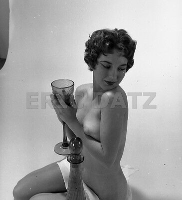 60s Vogel Negative, gorgeous nude pin-up girl Dixie Hardaker with glass, t977875