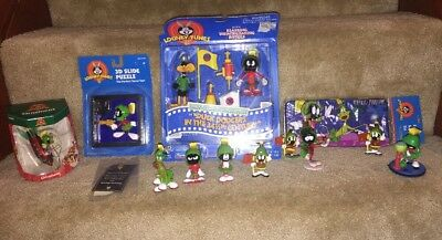 Marvin The Martian Looney Tunes Lot Many Items Ships Fast