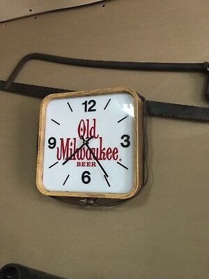 Old Milwaukee Beer Clock
