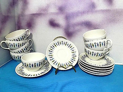 Syracuse Carefree Nordic USA 1960's Vintage Cups & Saucers  8 cups/(7) saucers