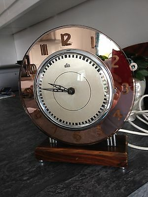 Bulle Mains Electric Clock