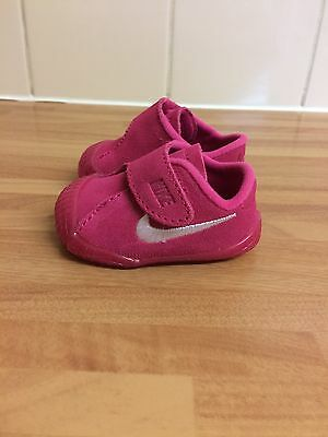 Pink Nike Baby Girls Crib Shoes Infant Size 0.5