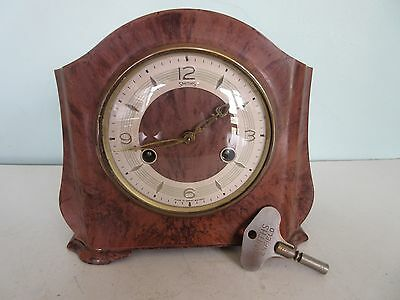 Smiths Bakelite Cased Striking Mantle Clock