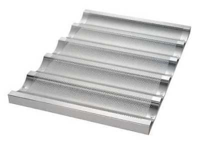 CHICAGO METALLIC 45515 Baguette/French Bread Pan, 5 Moulds