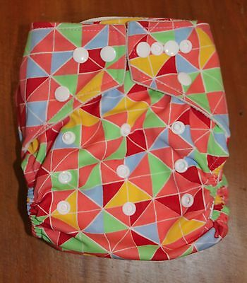 NEW Reusable Modern Cloth Nappy Multi Fit Hippybottomus Geometric One Size