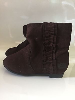 Dora the Explorer boots Toddler girls size 6 Brown Suede Ruffled