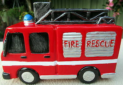 Glossy Painted Polyresin Bright Red Fire Engine Money Box Needs A New Garage Bn