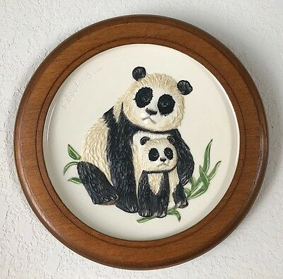 Darling Goebel PANDA AND BABY Plate with Frame--Mothers Series 1977 SHIPS FREE