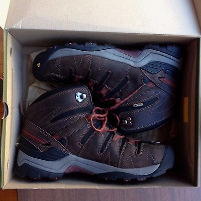 Keen Gypsum Mid Walking Trekking Boots Size Us 12 Ex Display As New